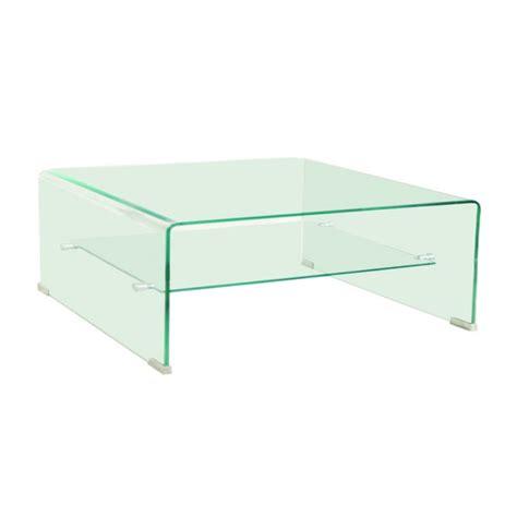 carr 233 e toute en verre laissez vous s 233 duire par cette table basse au design tr 232 s 233 pur 233