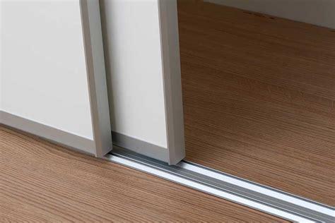 rail pour porte coulissante id 233 es de d 233 coration et de mobilier pour la conception de la maison