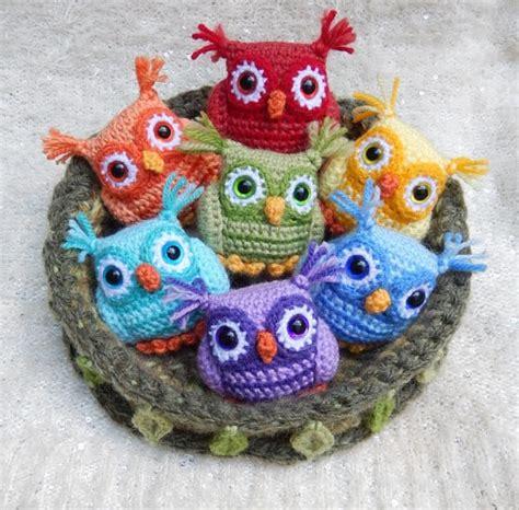 owl rubber sts crochet baby owls pattern free tutorial great ideas