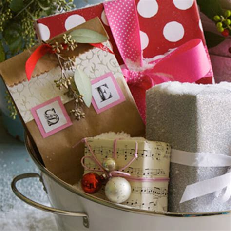 creative gift wrapping ideas hallmark ideas inspiration