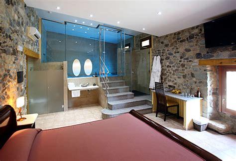 piscina dentro de la habitacion las 5 piscinas m 225 s originales en casas rurales