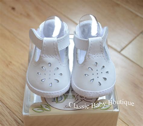 baby deer crib shoes nwt baby deer white leather t booties crib shoes