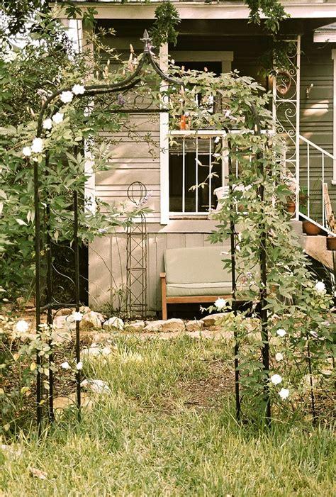 Garden Oasis Arbor With Lights Best 20 Metal Arbor Ideas On Garden Entrance