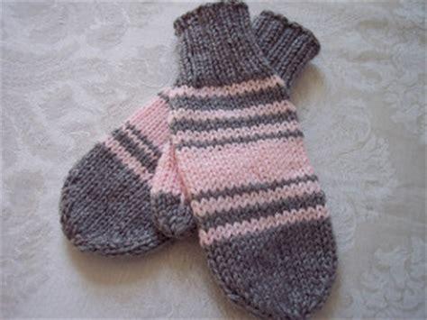 easy knit mittens for beginners mrs roosevelt s mittens allfreeknitting