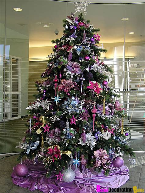 best colors for tree decorations 15 creative beautiful tree decorating ideas