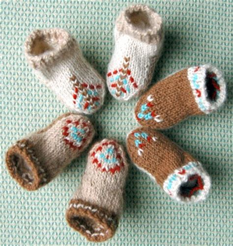 knit stay knitnscribble crochet and knit stay on baby booties