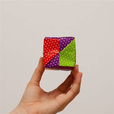 how to make origami cube step by step how to make an origami cube in 18 easy steps from japan
