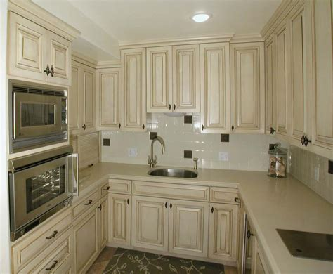 beautiful kitchens with white cabinets beautiful white country kitchen cabinets home design