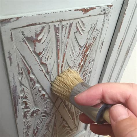 chalk paint distress before or after wax chalk paint no mess distress distress tutorial
