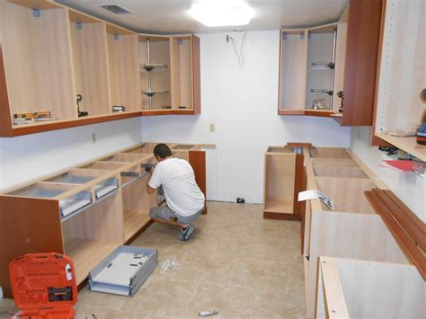 how to install kitchen wall cabinets how to install kitchen wall and base cabinets builder