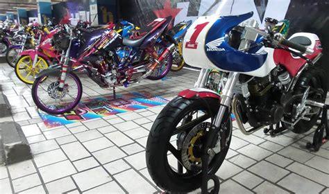 Modifikasi Vespa Tangerang by Honda Modif Contest 2016 Tangerang Raup 120 Peserta Autos Id