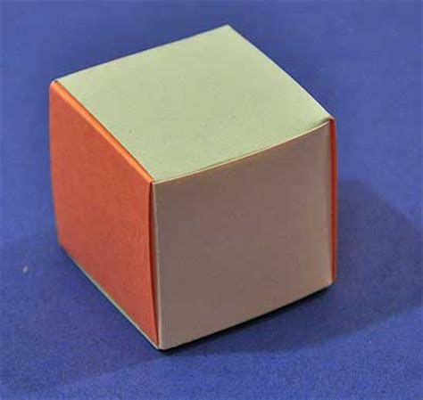 how to make a cube out of card how to weave a cube out of paper