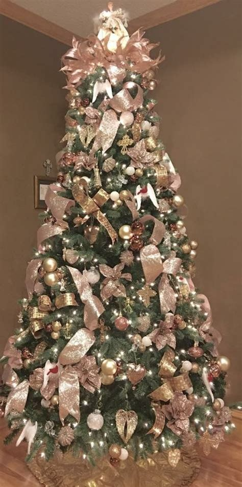 gold and brown tree decorations 25 best ideas about gold decorations on