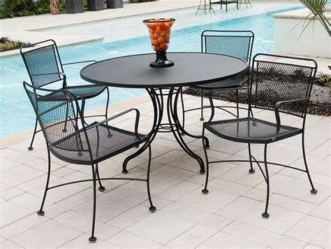 wrought iron patio furniture used wrought iron garden furniture landscaping gardening ideas
