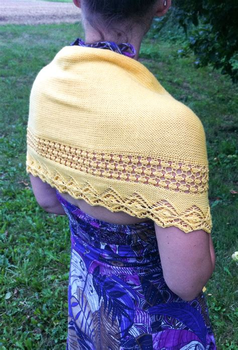 crescent shawl knitting pattern beaded crescent shawl knitting pattern