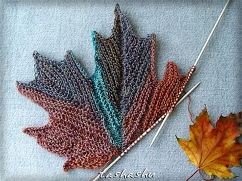 free knitted leaf patterns 10 images about bakt 252 s şal on ravelry autumn