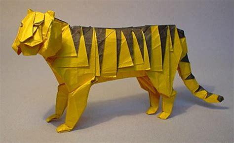 origami tiger origami tiger