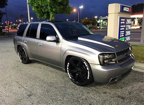 2005 Chevy Envoy by 25 Best Ideas About Trailblazer Ss On Chevy