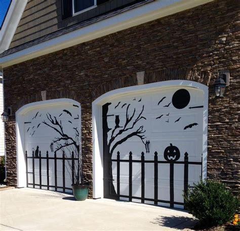 decorations for a door 25 best ideas about garage door on