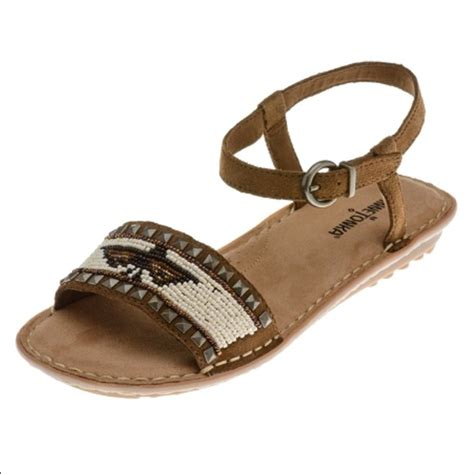 minnetonka beaded sandals 62 minnetonka shoes minnetonka sz 9 beaded bird