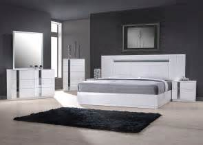 italian bedroom furniture designer luxury store exclusive wood contemporary modern bedroom sets two of the