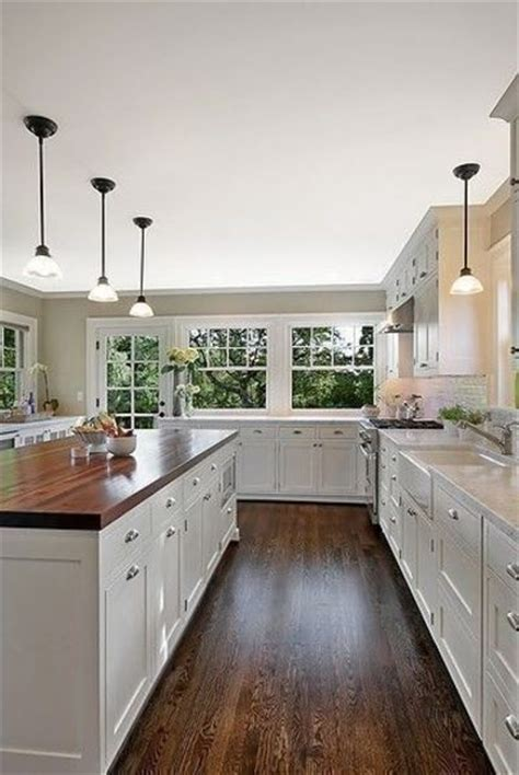 white kitchens with floors hardwood floors white kitchen hardwood floors