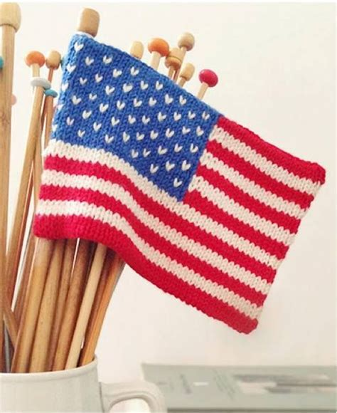 who knitted the american flag free mini american flag knitting pattern knitting