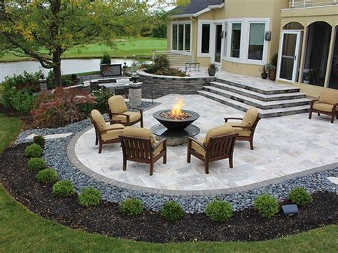 patios with pavers 25 best ideas about patios on paver