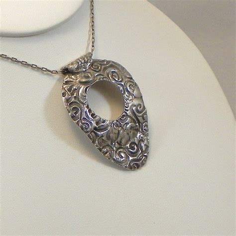 metal jewelry ideas 1000 images about pmc class ideas on