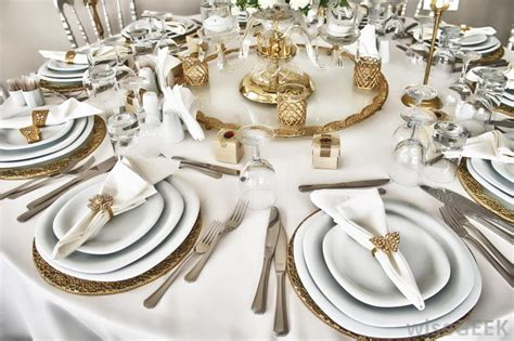 formal dinner setting how do i set a formal table with pictures