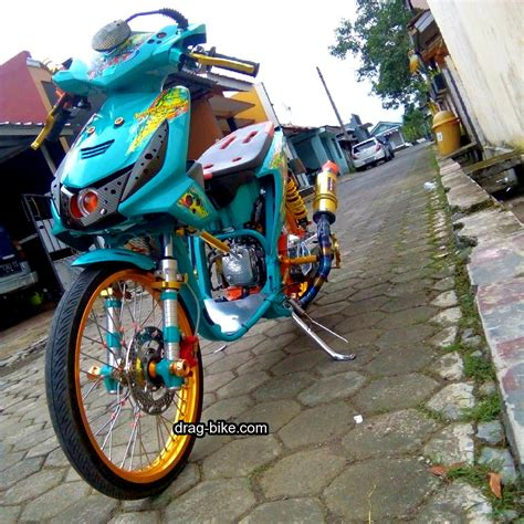 Motor Honda Modifikasi by Foto Modifikasi Motor Beat 2013 Modifikasi Yamah Nmax