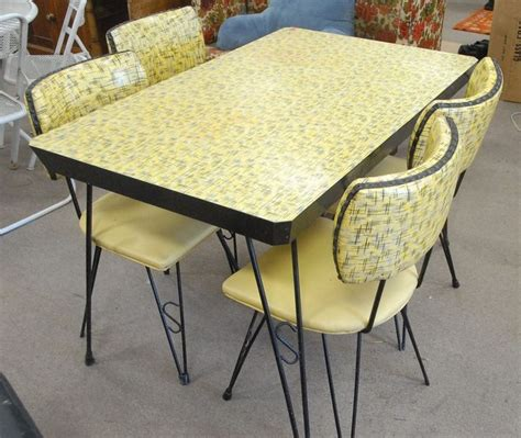 retro dining tables and chairs 230 best dinette sets images on retro