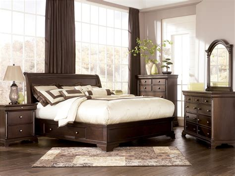 sleigh bedroom furniture sets furniture leighton sleigh bedroom set b577 54 57
