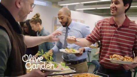 olive garden delivery olive garden catering delivery tv commercial employee of the month ispot tv