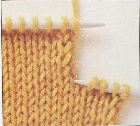 knitting buttonholes how to knit buttonholes learn how to make knitted buttonholes