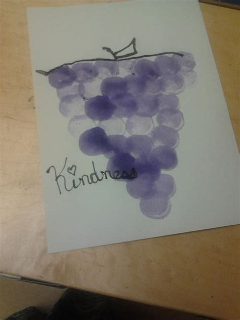 grapes craft for pin by shelley on preschool ideas