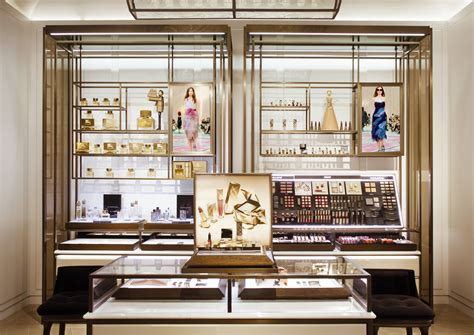 How To Read Floor Plans a first look inside burberry s new flagship on rodeo drive