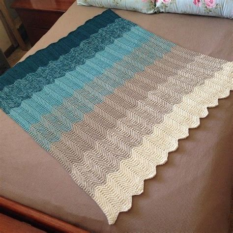 chevron knitted baby blanket pattern ombre chevron knitted blanket knitting