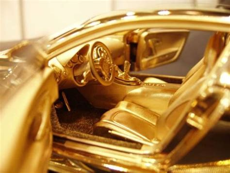 Gold Bugatti Cost by Solid Gold Bugatti Veyron Model Costs More Than The Real