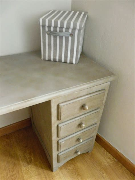 fotos muebles chalk paint mesa escritorio gris restaurada con chalk paint antojada