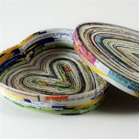 recycle paper craft things to make from magazine pages