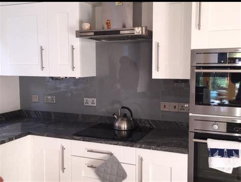 Bespoke Kitchen Design coloured glass splashbacks malkin lloyd