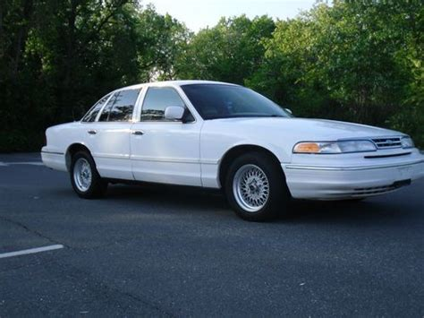 how make cars 1996 ford crown victoria parking system find used 1996 ford crown victoria 88k clean title crown vic police interceptor nj cheap in