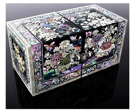 korean arts and crafts for bmw enhanced with korean traditional of pearl inlay