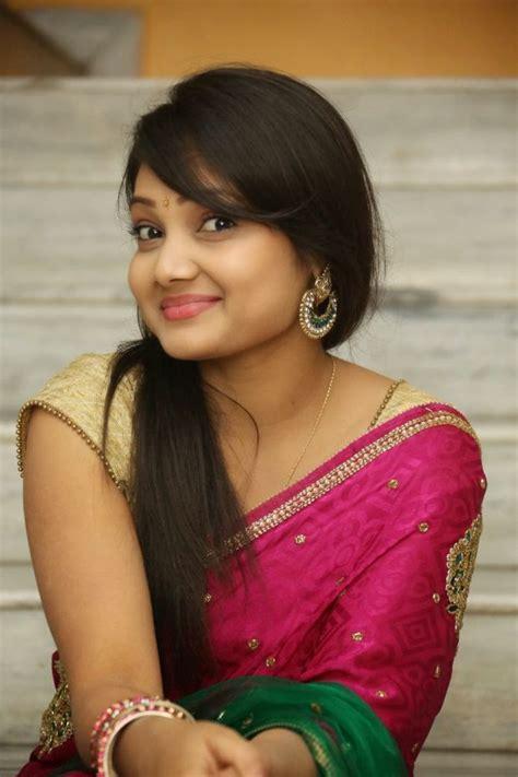 in telugu with pictures telugu priyanka beautiful saree stills