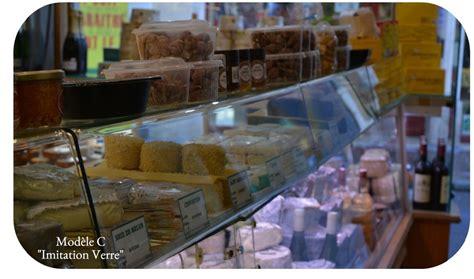 vitrines alimentaires de protection en plexiglas sur mesure