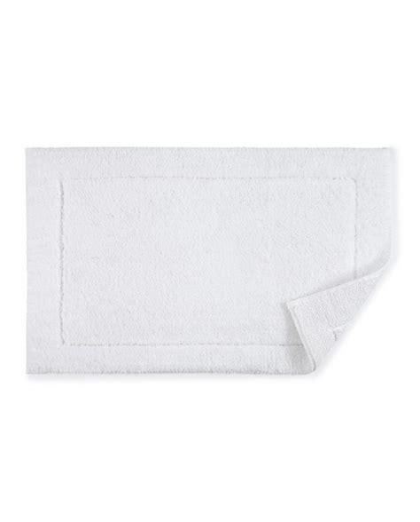 white bath rug maestro white bath rug lv harkness company