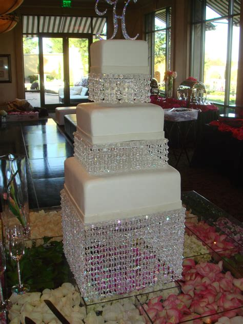 Rhinestones For Cakes Decorations by Your Wedding Support Get The Look Bling Themed Wedding