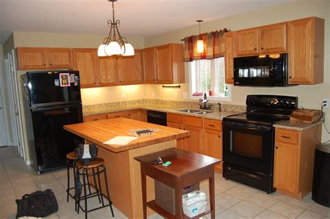 Cabinet Refacing by Minimize Costs By Doing Kitchen Cabinet Refacing