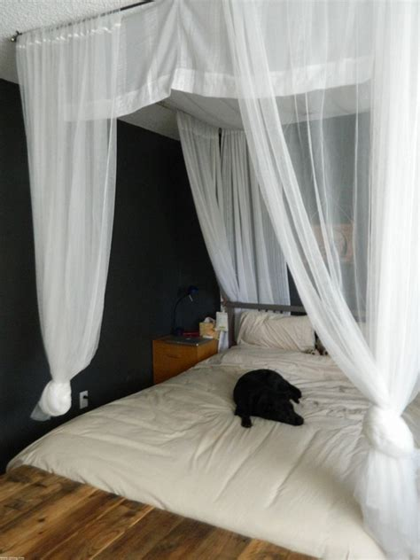 diy canopy beds what bracket for curtain canopy bed room decorating